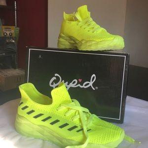 Qupid gym shoes